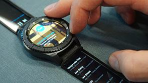 Vorschau für das Forschungsprojekt: Watch+Strap: Extending Smartwatches with Interactive StrapDisplays
